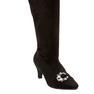 The Chrissy Wide Calf Boot by Comfortview 9WW